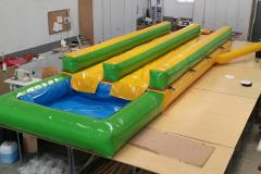 Deslizante con piscina-001